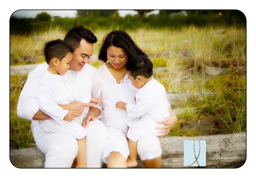 Vancouver maternity photographers vancouver family photographers